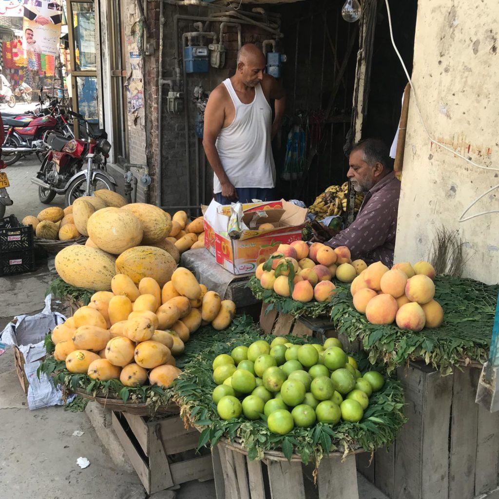 Market, Lahore