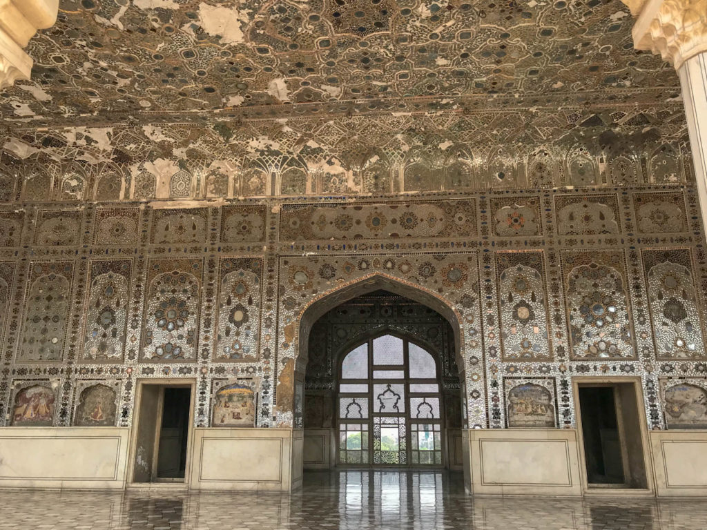 Sheesh Mahal, Lahore